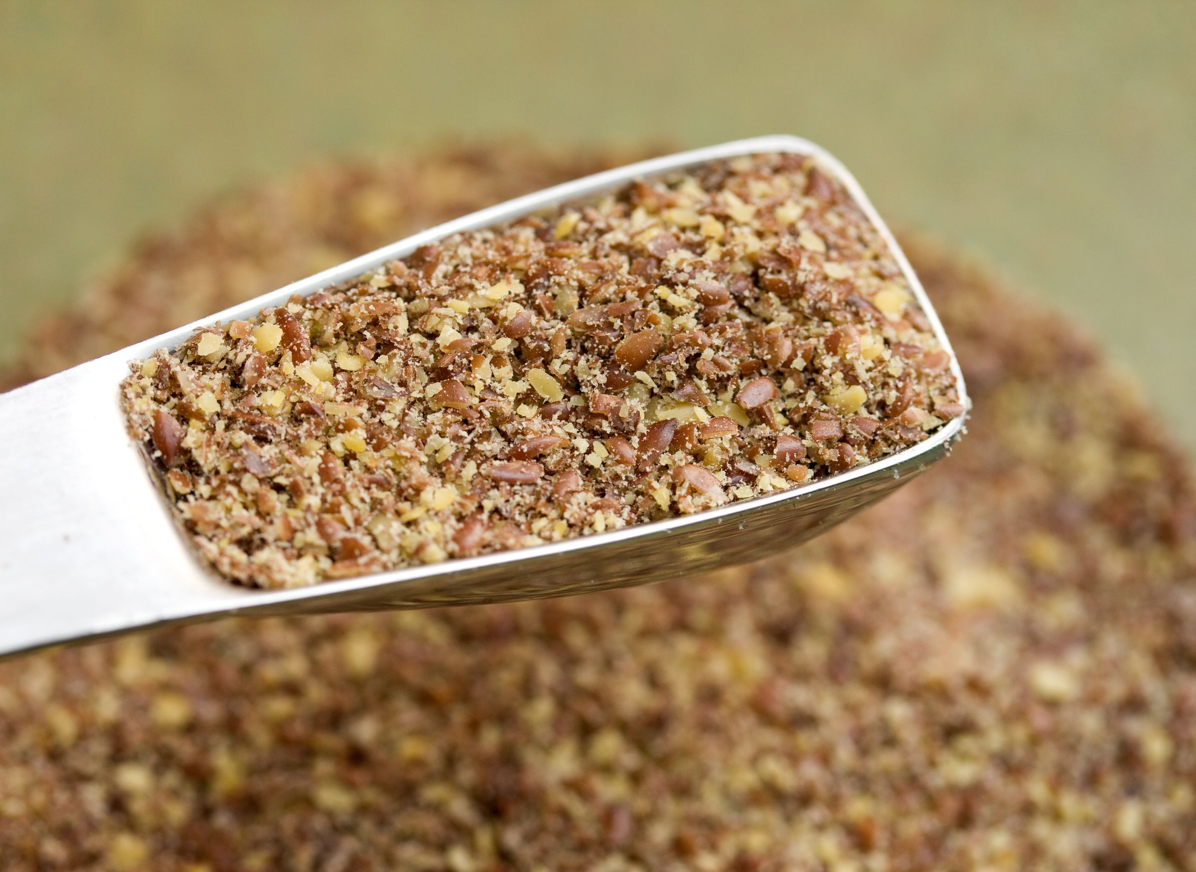 10624982 - ground flax seeds