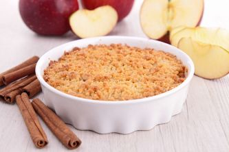 18032632 - gourmet apple crumble